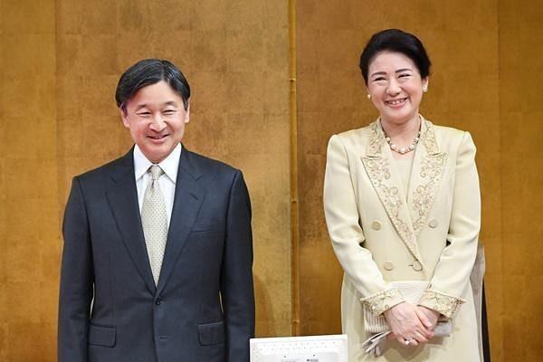 """Từ nhan sắc cho đến phong cách thời trang, Hoàng Hậu Masako Owada đều toát lên khí chất của""""mẫu nghi thiên hạ"""" - Ảnh 19."""