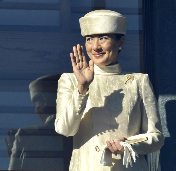 """Từ nhan sắc cho đến phong cách thời trang, Hoàng Hậu Masako Owada đều toát lên khí chất của""""mẫu nghi thiên hạ"""" - Ảnh 27."""