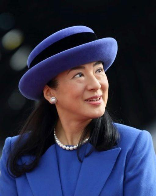 """Từ nhan sắc cho đến phong cách thời trang, Hoàng Hậu Masako Owada đều toát lên khí chất của""""mẫu nghi thiên hạ"""" - Ảnh 28."""