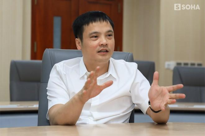 """Khoa """"Tồ"""": Từ dân chơi đua xe Hà Thành, suýt bị đuổi việc 4 lần đến chức Tổng giám đốc FPT - Ảnh 8."""