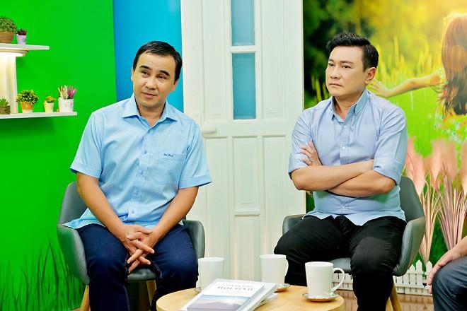 Quyền Linh tuyên bố sẽ tạm dừng mọi hoạt động showbiz vì bị chỉ trích, nhiều sao Việt lên tiếng - Ảnh 1.