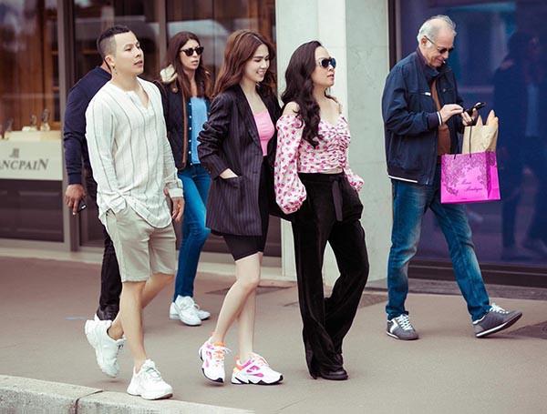 Ngọc Trinh tiếp tục gây chú ý sau khi náo loạn thảm đỏ Cannes với chiếc váy mặc như không mặc - Ảnh 5.