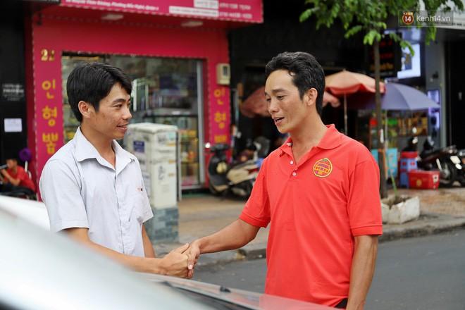 Chuyện chiến sỹ CSGT được anh em tài xế Sài Gòn gọi bằng cái tên thân mật: Anh Đạt kích bình, cứ gọi là có - ảnh 11