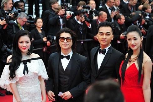 Vì sao Lý Nhã Kỳ không dự LHP Cannes như Ngọc Trinh năm nay? - ảnh 1