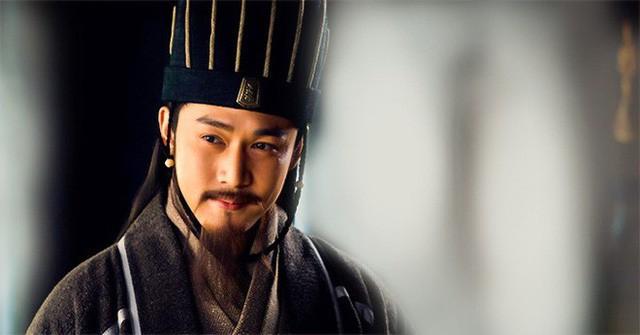 Được ví như túi khôn của Thục Hán, vì sao Lưu Bị ít khi đưa Gia Cát Lượng cùng ra trận? - Ảnh 2.