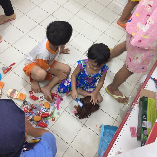 Người chụp bức ảnh trẻ con đại tiện trong siêu thị Auchan: Mẹ bé bế con ra và mặc kệ những gì bé vừa để lại - ảnh 5
