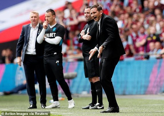 Huyền thoại Chelsea kẻ cười, người mếu sau trận cầu trị giá 180 triệu bảng - Ảnh 13.