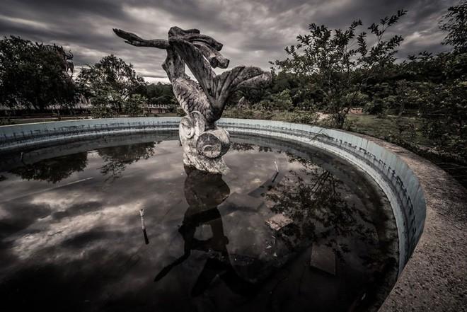 """Công viên nước bị bỏ hoang ở Huế bỗng dưng """"hot"""" trở lại sau 15 năm: Bí ẩn """"ma mị"""" mãi vẫn chưa có lời giải đáp - Ảnh 3."""