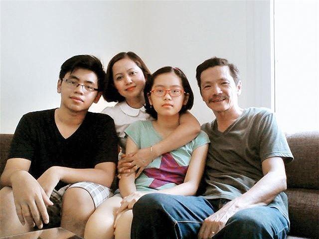 Những điều ít người biết về vợ con của NSƯT Trung Anh ngoài đời - Ảnh 5.