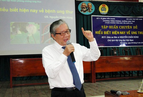 Chủ tịch Hội ung thư Việt Nam nói gì về tương lai tươi sáng chiến thắng bệnh ung thư? - Ảnh 2.