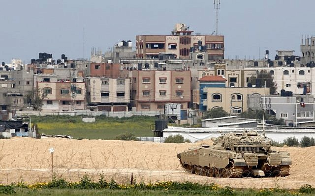 Israel bị tấn công, Iron Dome đã khai hỏa - Thủ tướng Netanyahu họp khẩn toàn bộ các chỉ huy sức mạnh - Ảnh 6.