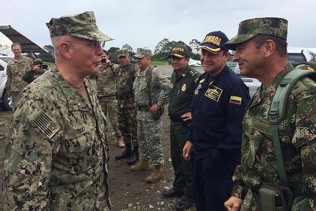 [ẢNH] Đấu súng dữ dội dọc biên giới Venezuela - Colombia - Ảnh 6.