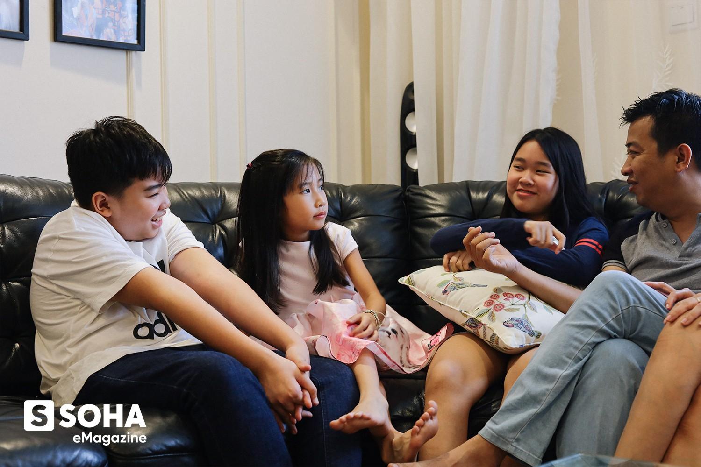 Bí kíp dạy con của Chánh Văn: 'Đừng trở thành một ông bố tâm lý. Hãy cố gắng trở thành ông bố ngoài cuộc' - Ảnh 4.