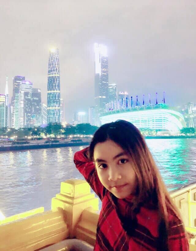 Bà xã Quyền Linh chia sẻ ảnh đi du lịch của gia đình, dân tình phát hiện ra tận 2 điều thú vị - Ảnh 11.