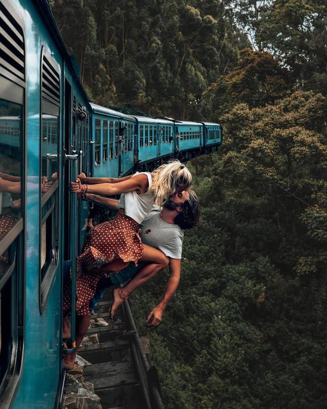 Đôi nam nữ chụp bức ảnh hôn nhau lãng mạn giữa núi rừng bạt ngàn, tưởng được khen ai ngờ bị chỉ trích thậm tệ vì chi tiết rùng rợn này - Ảnh 23.