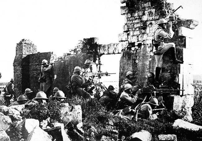 Ảnh hiếm lột tả chân thực những trận chiến khốc liệt trong Thế chiến I - ảnh 13