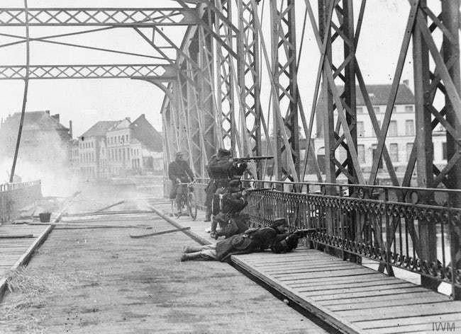 Ảnh hiếm lột tả chân thực những trận chiến khốc liệt trong Thế chiến I - ảnh 15