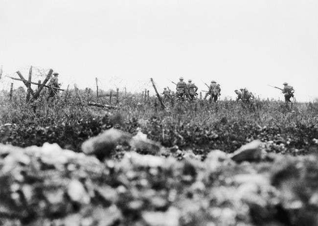 Ảnh hiếm lột tả chân thực những trận chiến khốc liệt trong Thế chiến I - ảnh 9