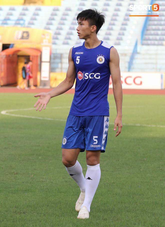 Quang Hải bị quá tải sau Kings Cup, được HLV trưởng Hà Nội FC đặc cách khi về tới Việt Nam - Ảnh 12.