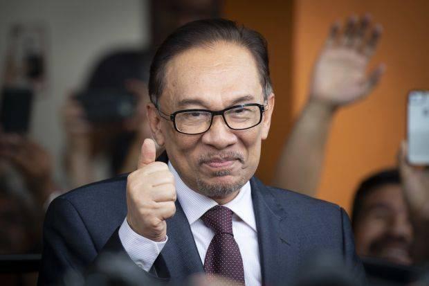 Malaysia: Bộ trưởng bị tố xuất hiện trong clip quan hệ đồng giới - ảnh 2