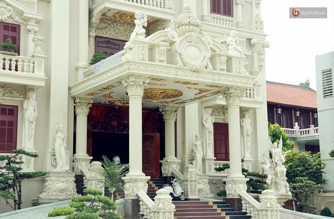 Về làng tỷ phú Nam Định chiêm ngưỡng những tòa lâu đài nguy nga tráng lệ theo phong cách Châu Âu - Ảnh 18.