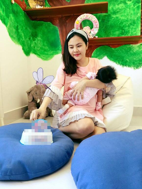 Điểm danh dàn sao Việt khi mang bầu nhan sắc tuột dốc không phanh, xấu đến mức không nhận ra - Ảnh 8.