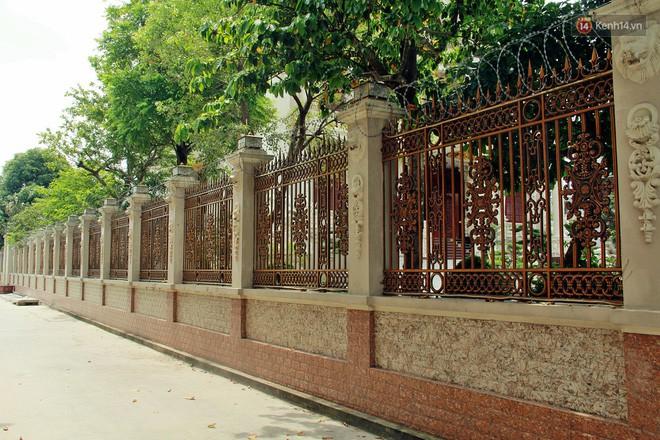 Về làng tỷ phú Nam Định chiêm ngưỡng những tòa lâu đài nguy nga tráng lệ theo phong cách Châu Âu - Ảnh 8.