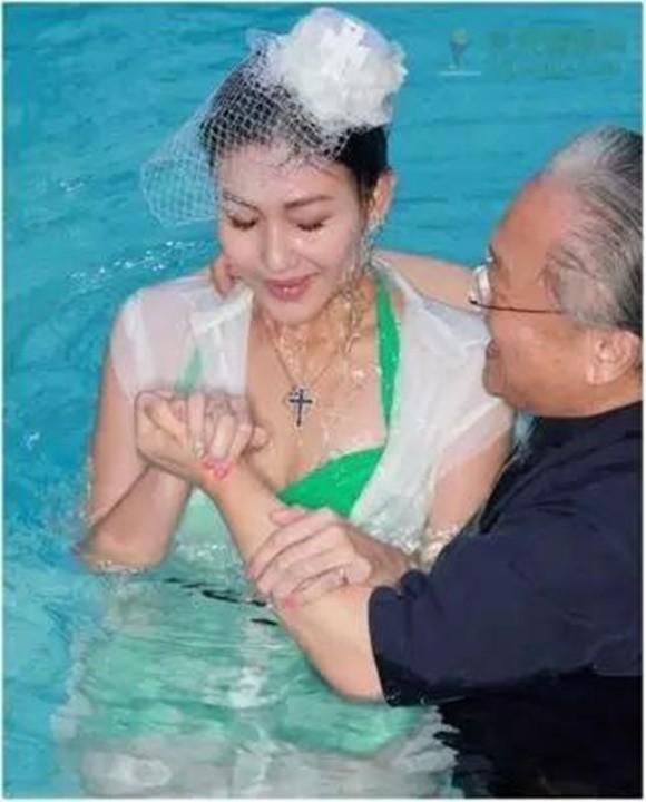 Sao nữ Hong Kong bị giám đốc ép bán thân đổi đời nhờ lấy đại gia - Ảnh 6.