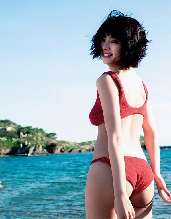 Mỹ nhân Nhật chuộng mặc bikini nhỏ xíu chụp sách ảnh - ảnh 11