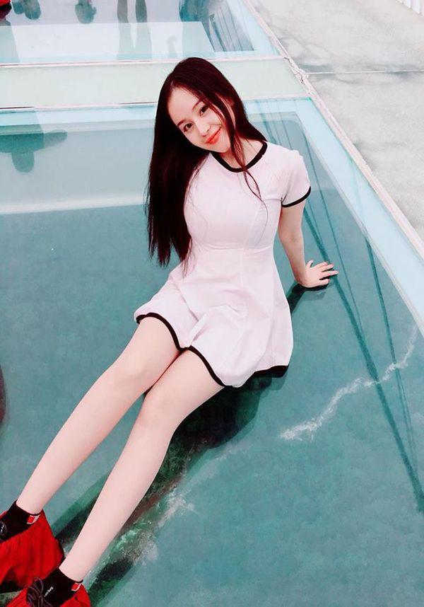 Bà Tưng Huyền Anh gây ngỡ ngàng với hình ảnh nhu mì hiện tại - ảnh 4
