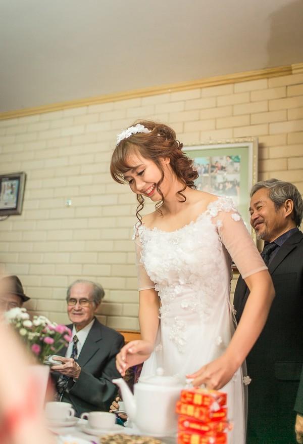 Huyền Lizzie từng có một đám cưới hết mực giản dị thế này vào năm 2014 với người chồng bị hiểu lầm là đại gia - ảnh 1