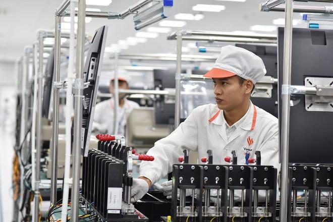 VinSmart xác nhận đang phát triển smartphone 5G Made in Vietnam, bán tại Mỹ và châu Âu vào 4/2020 - Ảnh 1.