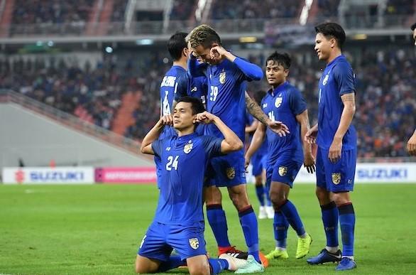 Kings Cup 2019: Nhà cái chọn Thái Lan mạnh hơn Việt Nam, ra kèo bất ngờ - Ảnh 1.