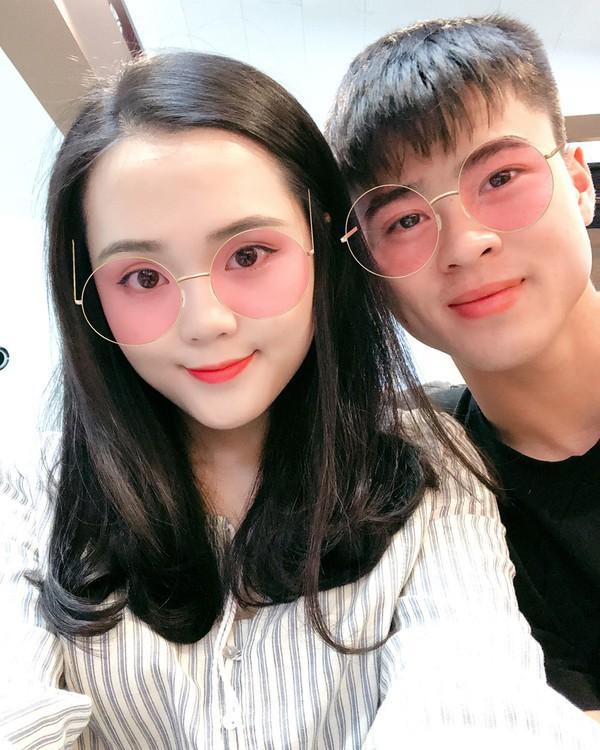 Lây bệnh gắt của người yêu, bạn gái Duy Mạnh vào hẳn Facebook cầu thủ Thái Lan bình luận khiến ai đọc xong cũng choáng - Ảnh 5.