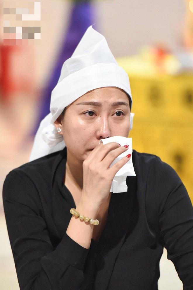 Phi Thanh Vân: Ông bà nội nghèo nên buộc phải đem con đi cho bớt, bố tôi ở đợ từ nhỏ - Ảnh 1.