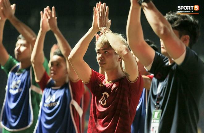Con trai thầy Park lên tiếng bảo vệ Công Phượng sau khi sút hỏng 11m: Ngẩng cao đầu lên người anh em - Ảnh 2.