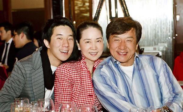 'Lưỡng Châu nhất Thành': Gia sản nghìn tỷ của ba sao giàu nhất Hong Kong - ảnh 12