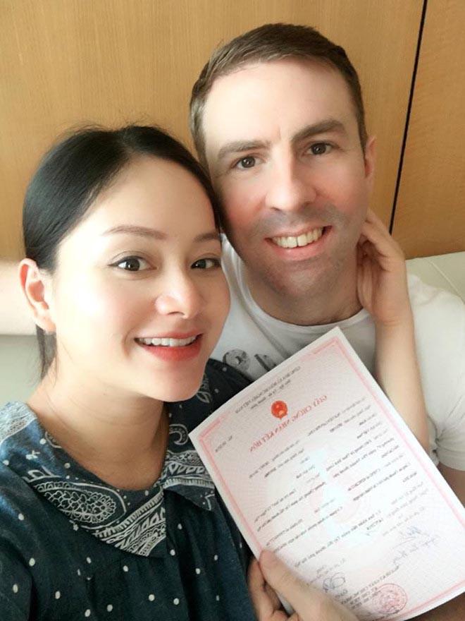 Cuộc sống của Lan Phương và chồng Tây cao 2m ở Hà Nội ra sao? - Ảnh 2.