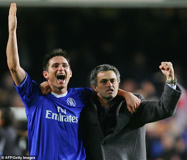 Trước mắt là chông gai, Lampard đáp trả bất ngờ khi được đề nghị xin tư vấn từ Mourinho - Ảnh 4.