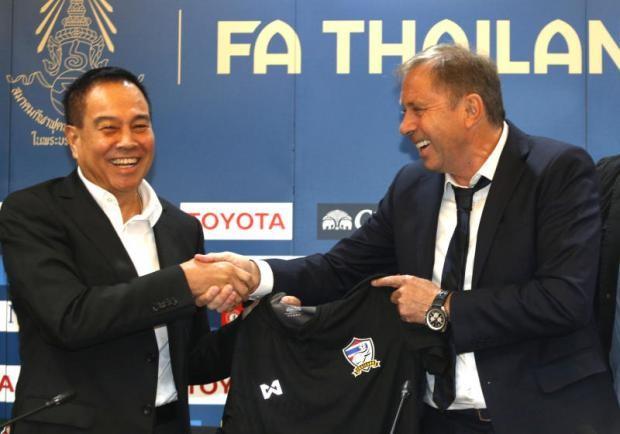 Ẩn sau scandal dở khóc dở cười là sự bối rối đến cùng cực của bóng đá Thái Lan - Ảnh 2.