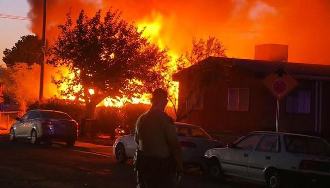 Cảnh báo mới nhất về động đất liên hoàn ở California: Con số 5 trận sẽ không dừng lại - Ảnh 2.