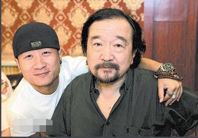 Xót xa trước hình ảnh tóc bạc trắng, già nua không ai nhận ra của Tể tướng Lưu Gù - Ảnh 5.