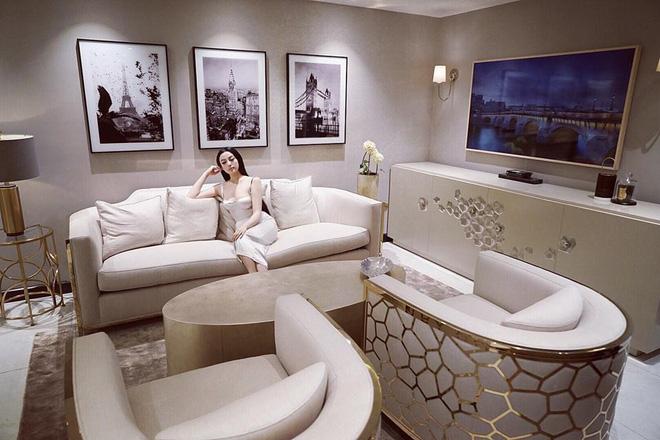 Sau khi sở hữu căn nhà 5 triệu đô, Huyền Baby khoe biệt thự mới hoành tráng như cung điện - Ảnh 7.