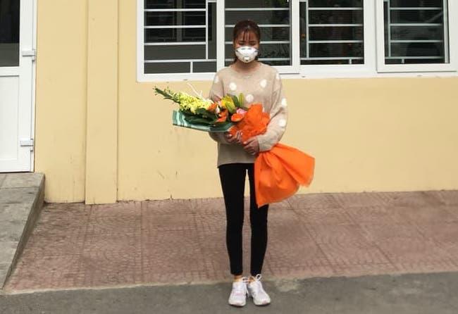 Clip chia sẻ của cô gái nhiễm virus corona vừa được chữa khỏi ở Thanh Hóa - Ảnh 2.