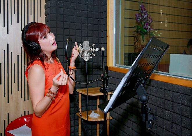 Hơn 20 nghệ sĩ cùng hát ca khúc phòng chống Covid-19 - Ảnh 9.