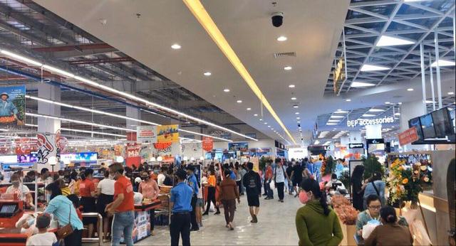Big C Quảng Ngãi tung quảng cáo hút đông người đến khai trương khi dịch Covid-19 đang diễn biến phức tạp - Ảnh 1.