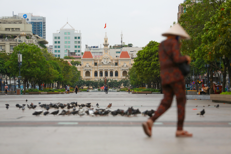 Ngắm Sài Gòn đẹp và yên bình trước thời điểm cách ly toàn xã hội trong 15 ngày - Ảnh 17.