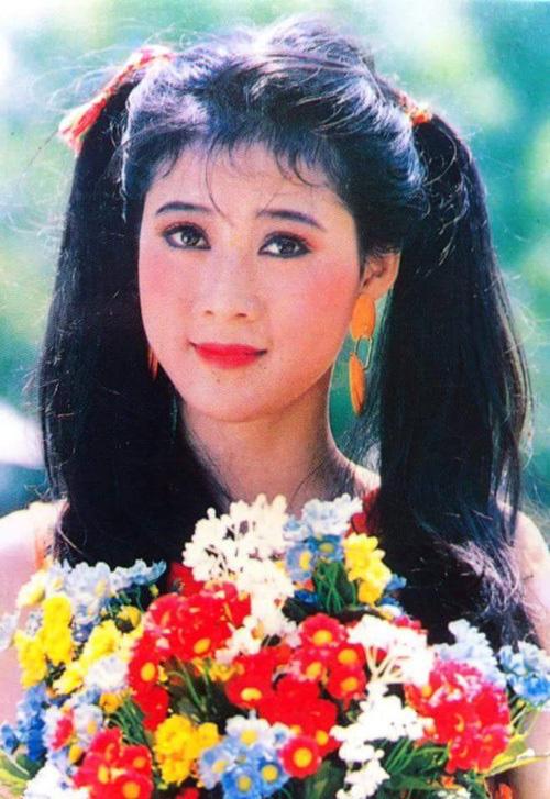 Nữ hoàng ảnh lịch Diễm Hương kể chuyện từng suy sụp và không muốn tham gia đóng phim - Ảnh 3.
