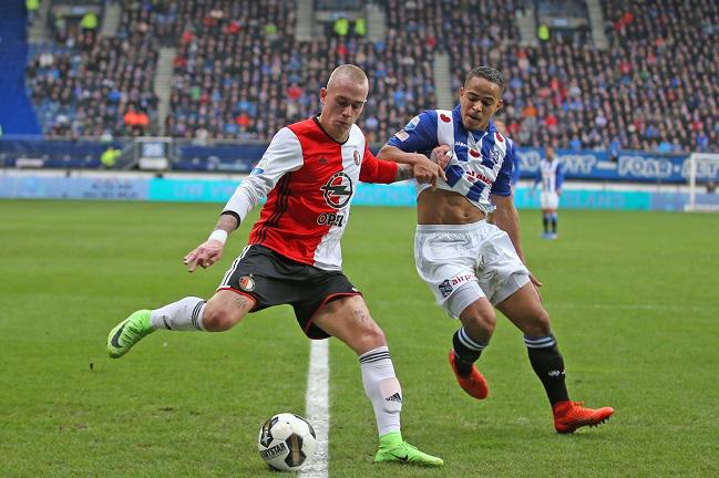 CĐV Heerenveen nhận án tù vì hành vi khó chấp nhận sau trận thua của đội nhà ở giải Hà Lan - Ảnh 1.