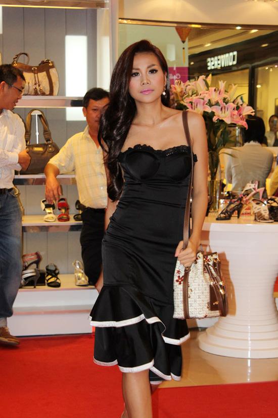 Thanh Hằng  Ngôi sao thời trang của năm